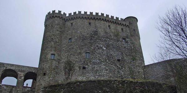 castello-di-fosodinovo